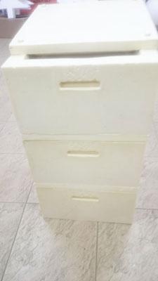 куботейнер защищен от холода или жары термокоробом Вармбокс